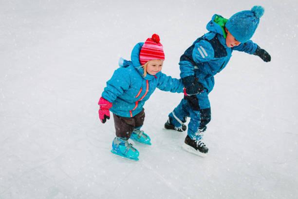 ice hockey skating